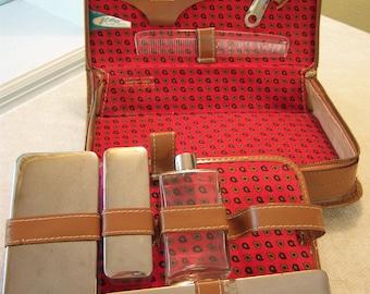 Vintage gentlemens travel kit/Sears Roebuck USA/JC Higgins/Pereline Germany/Leather case/Grooming kit/Shaving kit/Travel kit