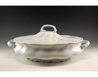 Vintage Johnson Brothers White Lidded Tureen - Fantastic Wedding Gift