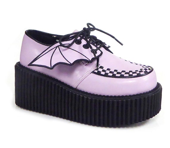 Demonia - Platform Creeper With Bat Wings in Lavender - Creeper-205