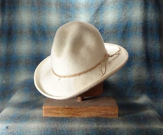 Pistolero, Cowboy Hat, custom, Western Hat, Gus Crease, felt, graduation,  wedding, Christmas, birthday, gift for her, handmade, vintage