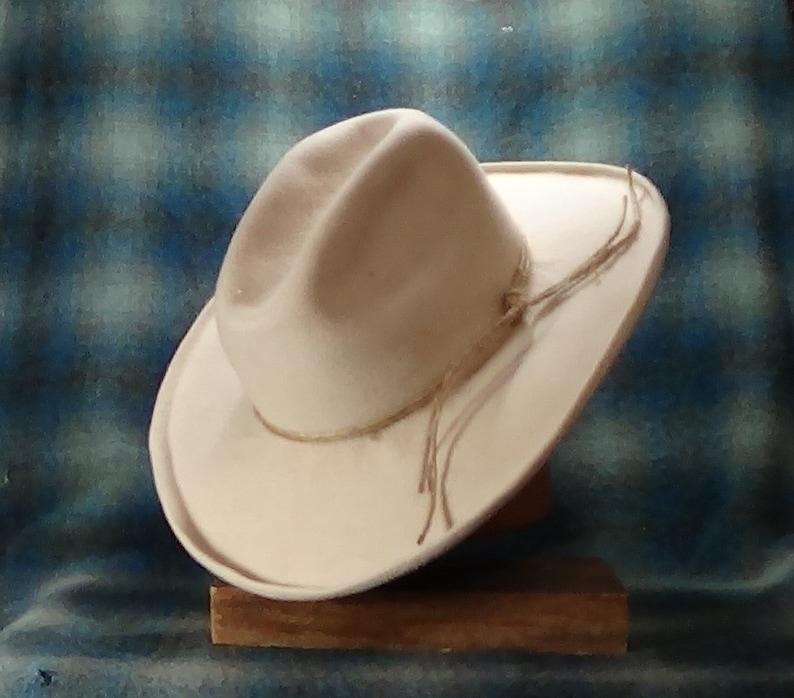 Cattleman s Crease hand blocked beaver felt hat custom  5f7c8d61408