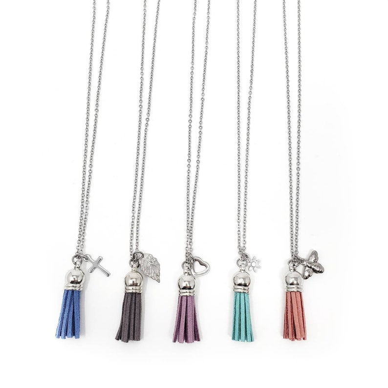Women's Tassel Diffuser Necklace Bronze / Essential Oil image 0