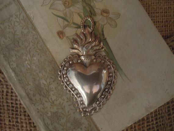 Vintage French Silver Heart / Vintage Flaming Sacr