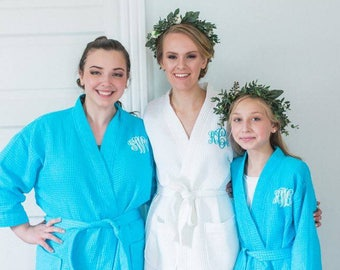 Personalized Gift - Bridal   Bridesmaid Robes - Personalized Short Kimono  Waffle Weave Robes 76ff3fd70