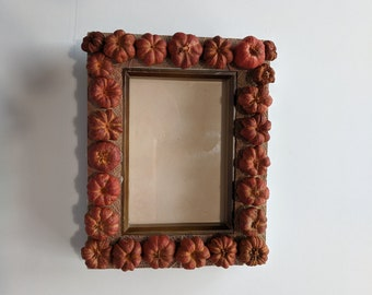 Mini Pumpkin Resin Frame