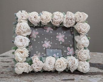 Mini Sola Rose Wooden Frame