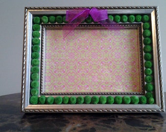 Green Floral Button Pewter Picture Frame