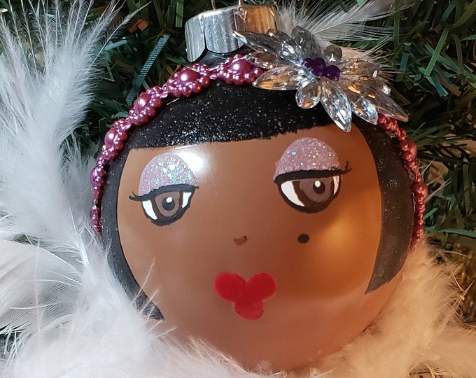 BEBE Holiday Flapper Ornament-Fancy,Feathers,Sparkle,Girly girl,Roaring 20's,Black,Glamour Girl,Movie Star,Rhinestones,Glamorous,Stylist