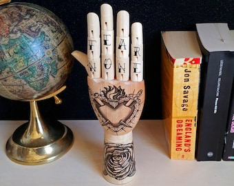 Tattoo wooden hand - Hand painted Samak wooden hand traditional tattoo style, swallow tattoo, home design, oddities