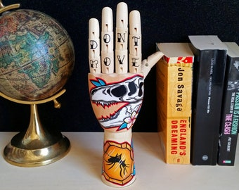 Tattoo wooden hand - JURASSIC PARK Handpainted Samak wooden hand  traditional tattoo style T-rex dinosaur, home design, oddities