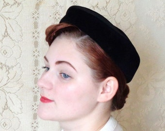 Vintage 1950's Black Pillbox Hat, Hattie Carnegie for Magnin & Co.