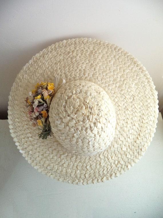 Vintage 1940's Wide Brim Cream Straw Hat, Yellow … - image 6