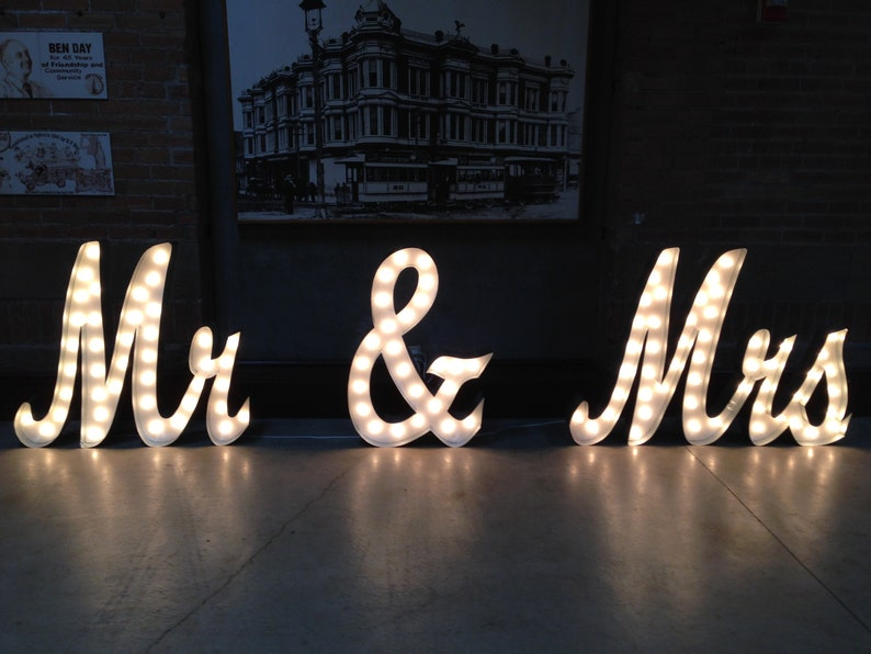 Marquee Letters Verlichting : Tall big mr mrs marquee sign light up letters etsy