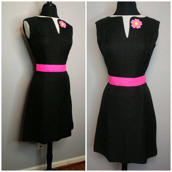 VOLUP 1960's 60s Mod Black Sheath Dress / Textured