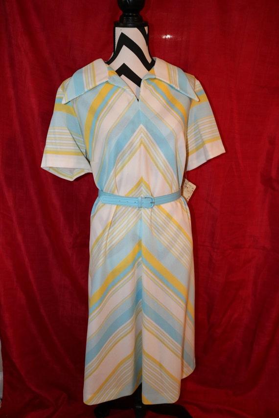 Vintage Sky Blue, Sun yellow, White Collared Dress