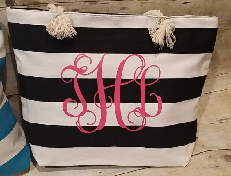 Personalized Wedding Gift.  Bridal Party Gift Monogrammed image 0