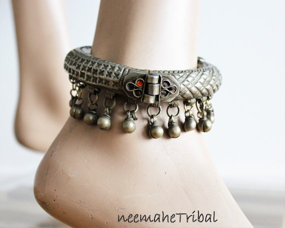 Hinged Anklet Big Gypsy Bellydance Jewelry Kochi Jewellery Vintage Kuchi Anklet with Bells Tribal Nomad Jewelry Bedouin Anklet