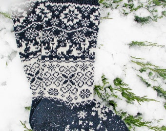 Christmas socks blue s knit sock wool socks knitted socks Scandinavian pattern Norwegian  gift to man. gift to woman men socks Women socks