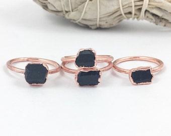 RAW Black Tourmaline Ring, Rough Black Tourmaline Band, Black Tourmaline and Copper Jewelry, Black Boho Ring, Bohemian Jewelry for Women