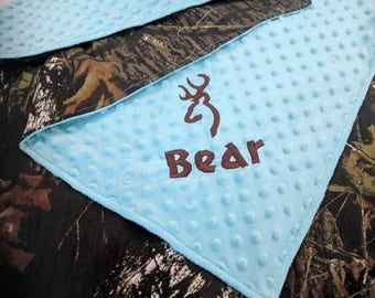 Mossy Oak teal camo baby blanket,  teal camo baby blanket, personalized with name and design, camo baby blanket, minky baby blanket