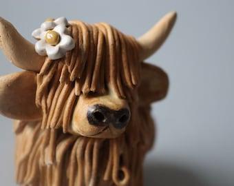Handmade Ceramic Highland Cow with daisies