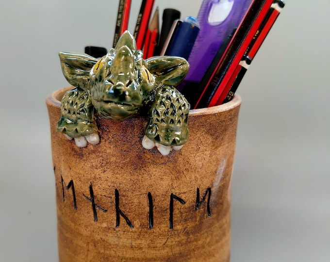Featured listing image: Pencil pot guarded by dragon