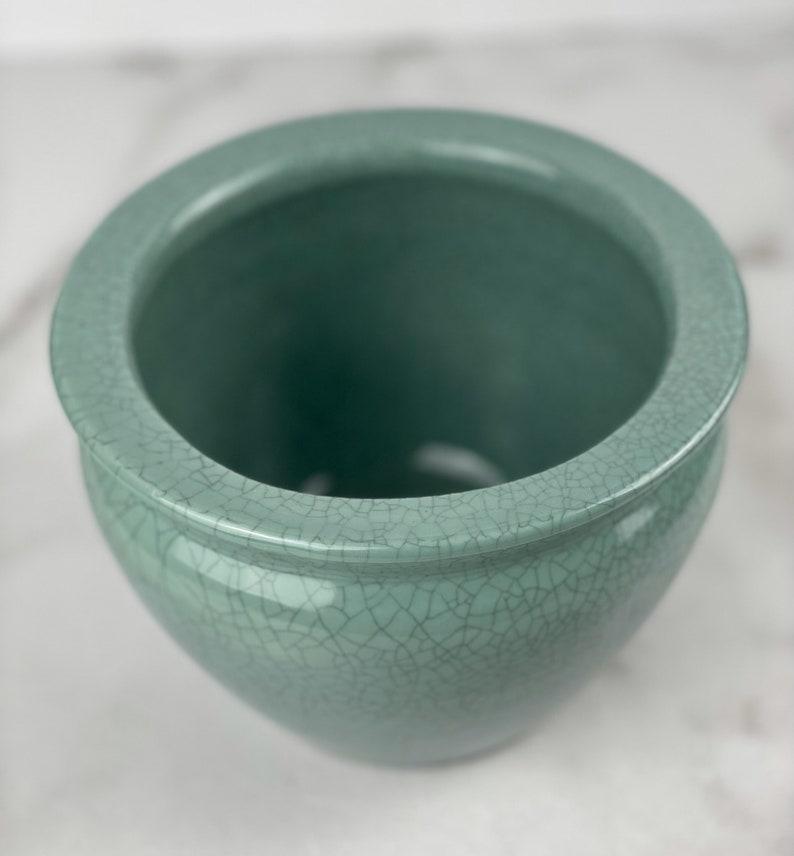 Jade Crackle finish Indoor or outdoor planter Contemporary Asian porcelain crackle pot Sage green Porcelain cachepotplanter