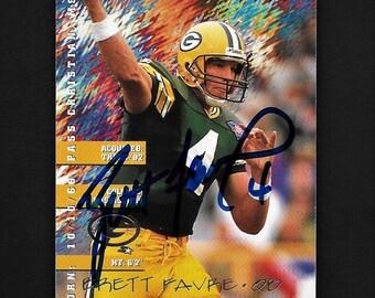 Shovel Pass 8x10 Print Framed Brett Favre Autograph Replica Print