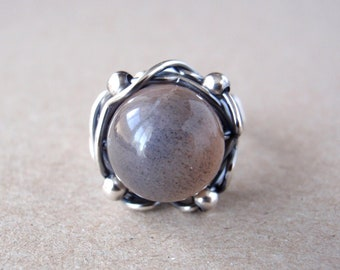 Multi-coloured Moonstone Ring, Natural Peach and Grey Moonstone, Size 8.5/R, Handcrafted 925 Sterling Silver Orbit Ring, June Birthstone