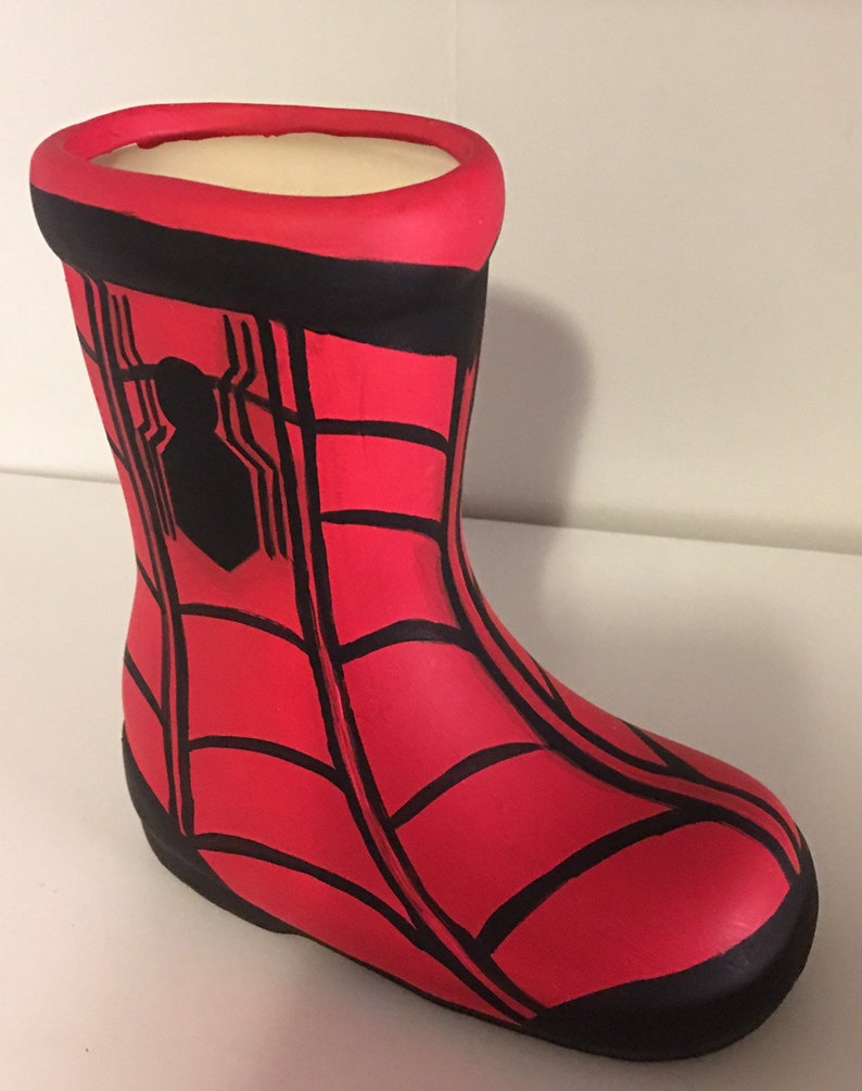 dec584ba1d9ca Spider-Man inspired ceramic boots centerpiece 6