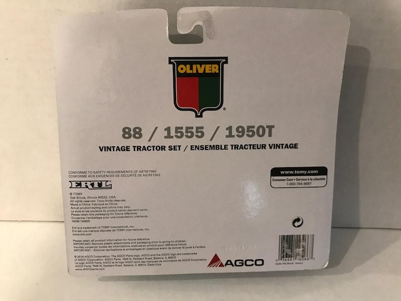 Ertl Oliver 164 scale 8815551950T 3 piece set #1251 unopened Original packaging