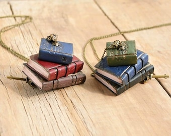 Book necklace Mini library jewelry Book pendant Book lover gift Vintage book jewelry Literary gift Mini journal librarian gift bookworms