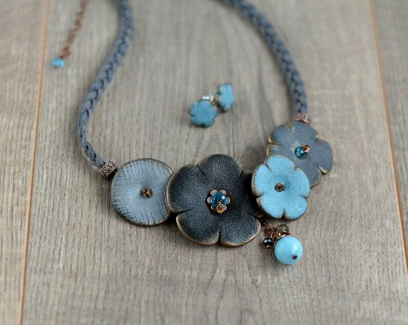 Chunky bib necklace Statement floral bib necklace Blue flowers jewelry set Gift women Bold statement necklace Girl gift Fancy jewelry set