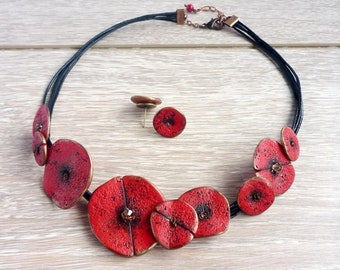 Poppy Necklace, Red Floral Necklace, Stylised Poppy, Art Poppy Necklace, Red Poppy Accessory, Poppy wedding Casual necklace Remembrance day