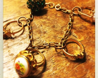Vintage ring charm bracelet - for fancy girls!