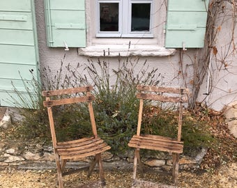 2 Great French Bistrot Patio Chairs, Folding In Wood. Café Or Pub Garden  Chairs, Marmet On Each Chair, The Name Of The Café. Listing For 2.