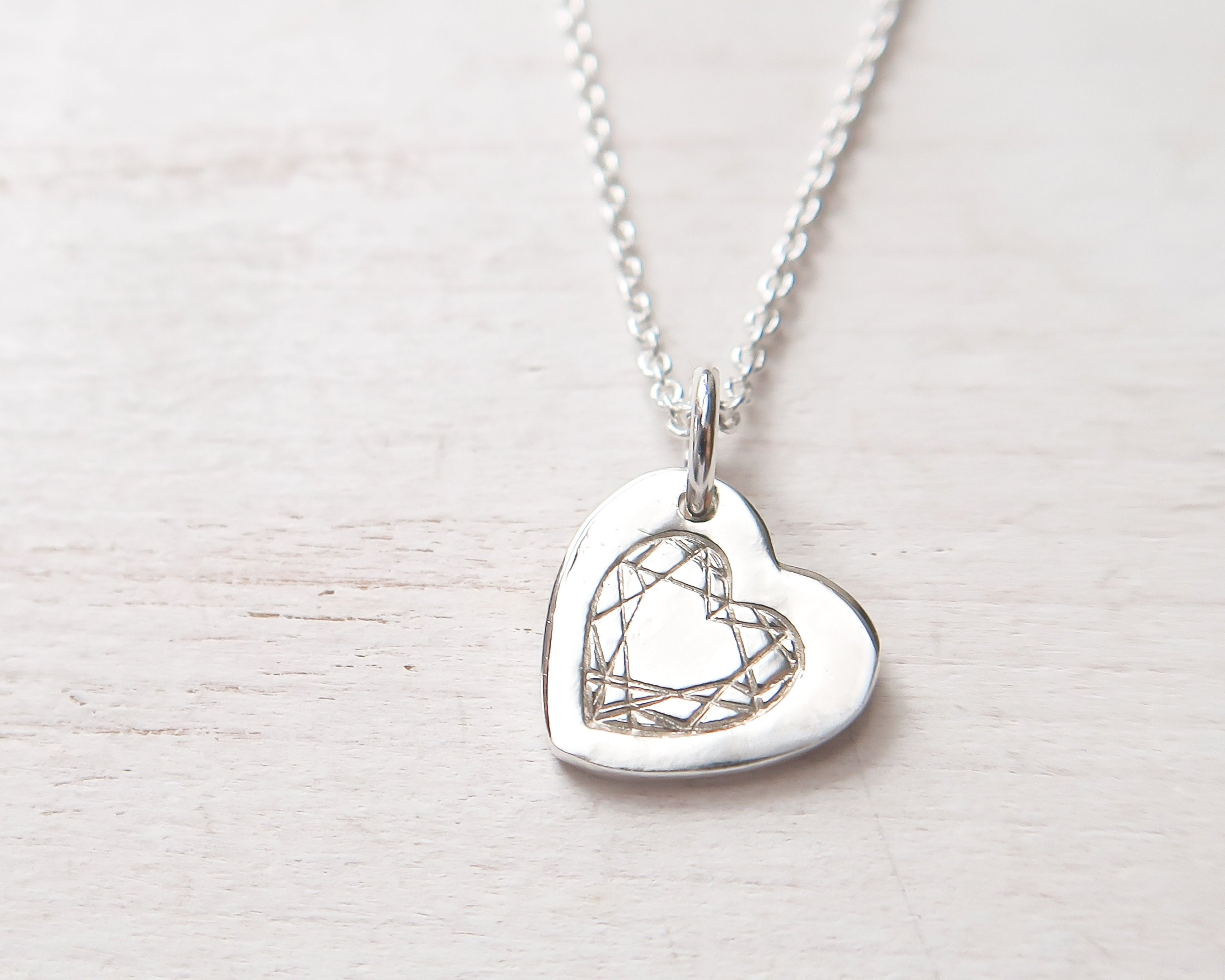 91e47ffa9d7eb Small and Chunky Heart Necklace