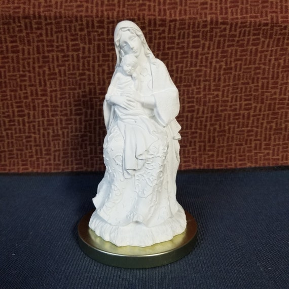 "Madonna and Child 6"" statue for home and gift giving. Ornate resin design Blessed Mother and Child art for shelf, end table and niche"