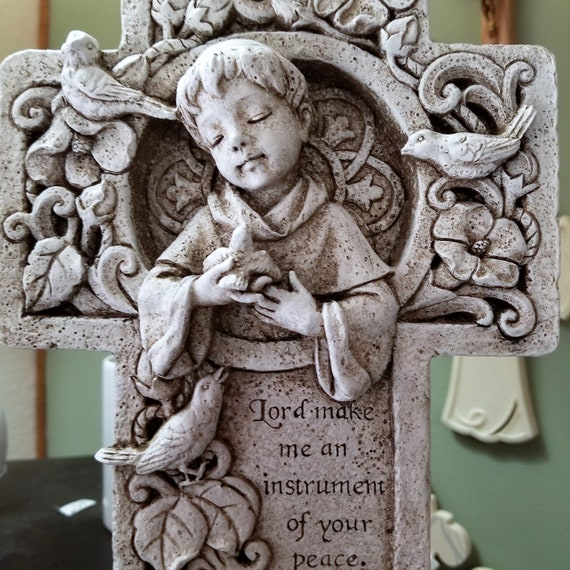 Saint Francis resin Garden Cross with the words Lord make me an instrument of your peace for table, garden or shelf