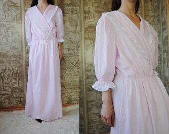 medium large housecoat Eighties pastel floral robe