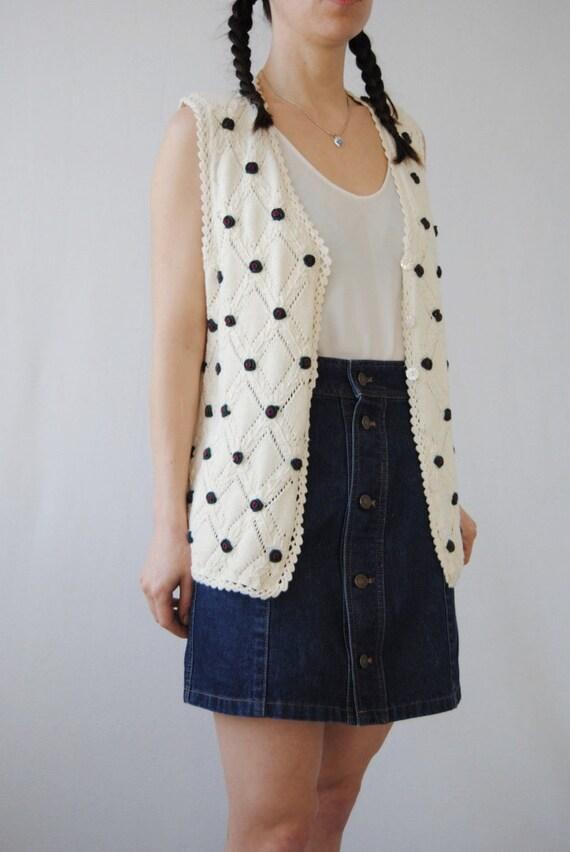 90s knit vest with rose appliqués, vintage croche… - image 5