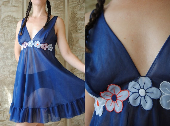 1960s sheer babydoll with daisy flowers, vintage l