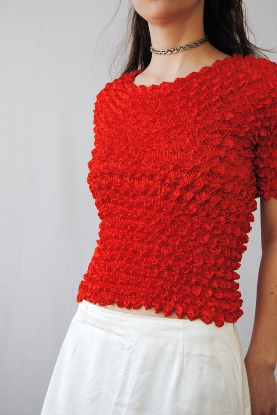 90s crinkle top in cherry red, vintage micropleat… - image 4