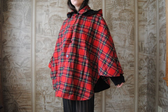 80s reversible cape with hood, vintage red plaid c