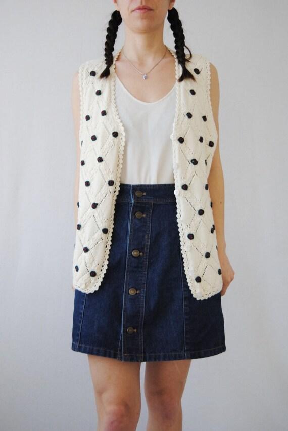 90s knit vest with rose appliqués, vintage croche… - image 3