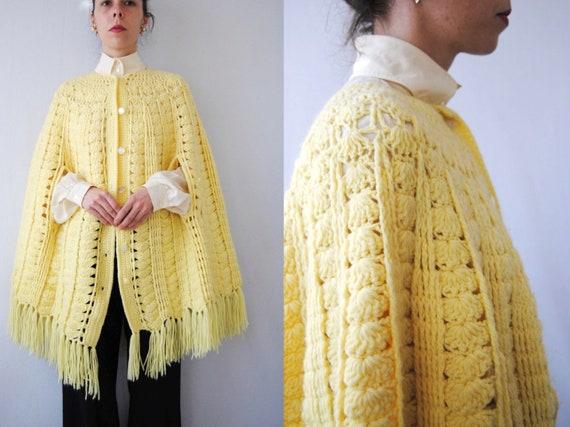 1970s Hippie Knit Poncho 70s Boho Sweater Cardigan Cape Button Up Poncho Shrug Fringe Trim Vintage Casual Wrap