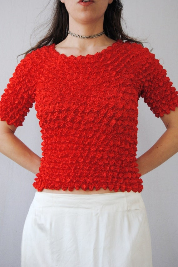 90s crinkle top in cherry red, vintage micropleat… - image 5