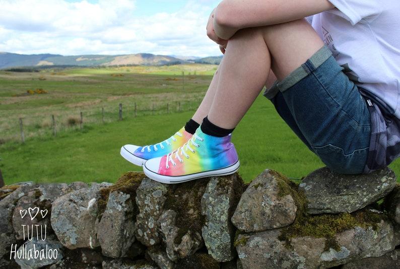 Dispari arcobaleno scarpe-LGBT pride Hightops-arcobaleno tinto BLql5NdL
