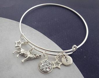 Wolf Bangle, Howling Wolf Bracelet, Moon Jewellery, Personalised Bangle, Halloween Bangle, Wolf Moon Charm, Wolf Pack, Gothic Jewelry, Gift