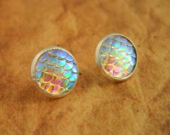 Stud / Post Earrings